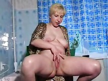 Hot Chunky Blonde MILF With Short Hair Gets Fucked By A Skinny Guy